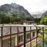 Spettacolare panorama della Val Masino dalla fonte termale