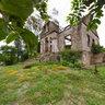 Casa abandonada na Ilha da Fumaça