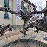 Ring Statue of Folk Dance Berikaoba
