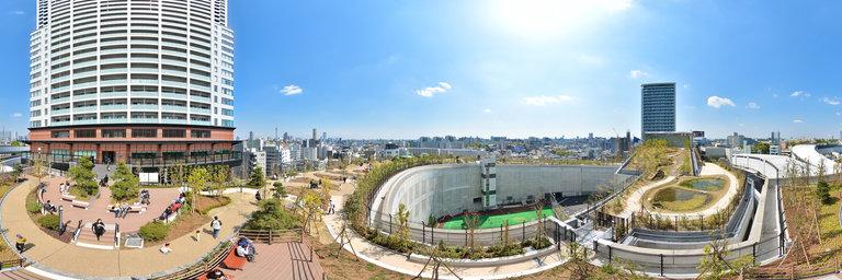Meguro Sky Park 目黒天空庭園 parque en el techo dos autopistas Ohashi Japón