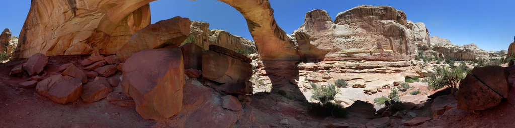 Hickman Natural Bridge, Capitol Reef National Park, Torrey, Utah, USA
