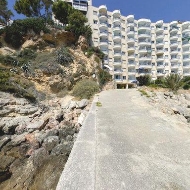 Pelicano Holiday Apartments Next To Cala Mayor Beach In Majorca