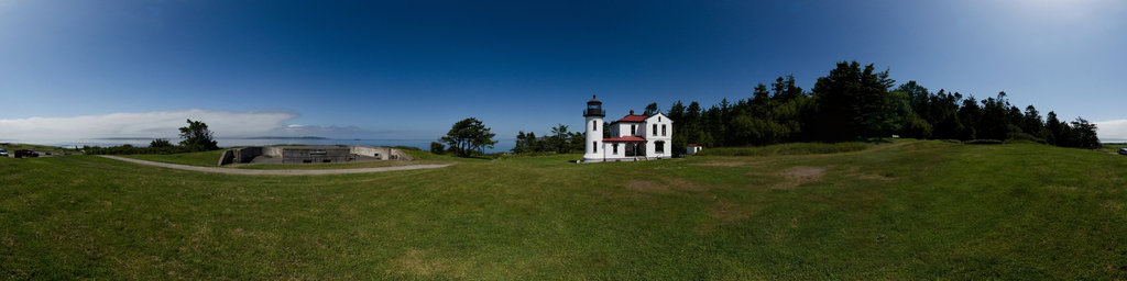 Admiralty Head Lighthouse & Battery Turman - Fort Casey State Park