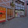 Corredor de acesso a praça São Benedito pelo Boulevard Geneve Shopping