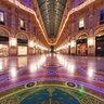 Milan: Galleria Vittorio Emanuele II during Xmas (Natale)