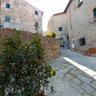 Castiglione della Pescaia-Piazza fra Via del Recinto e Via della Fortezza