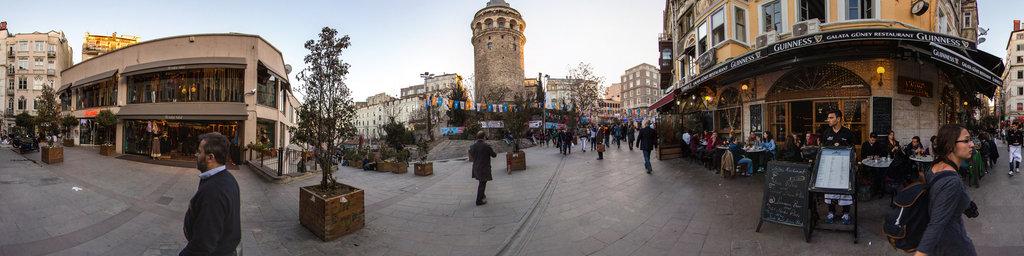 Serdar-i Ekrim street, Istanbul / Galata tower