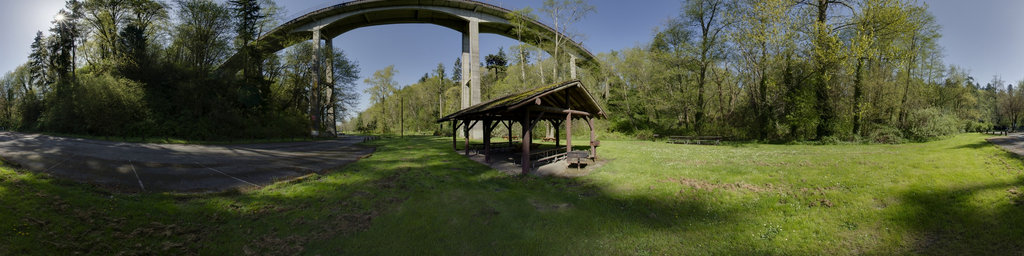 Bridge Shelter Picnic Area - Saltwater State Park, Washington