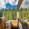 Rocky Mountaineer - Gold Leaf Service