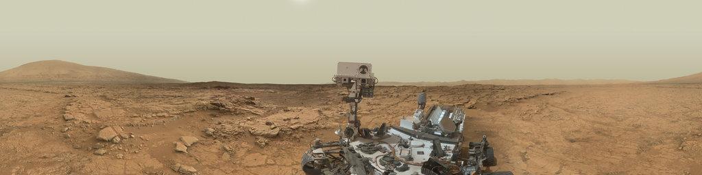 Mars Panorama - Curiosity rover: Martian solar day 177