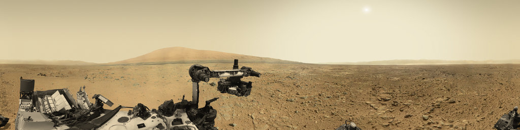 Mars Panorama - Curiosity rover: Martian solar day 437