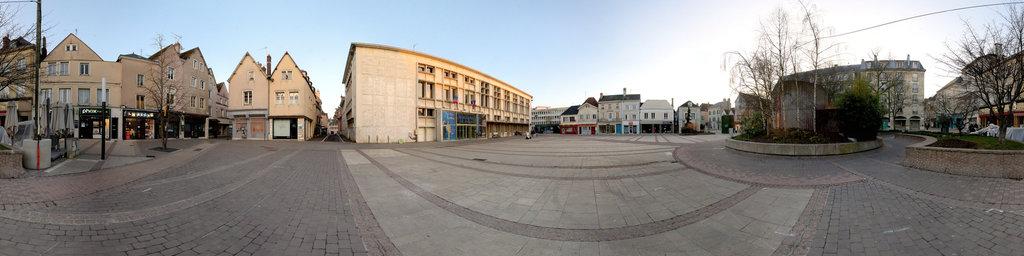 coté rue de la mairie