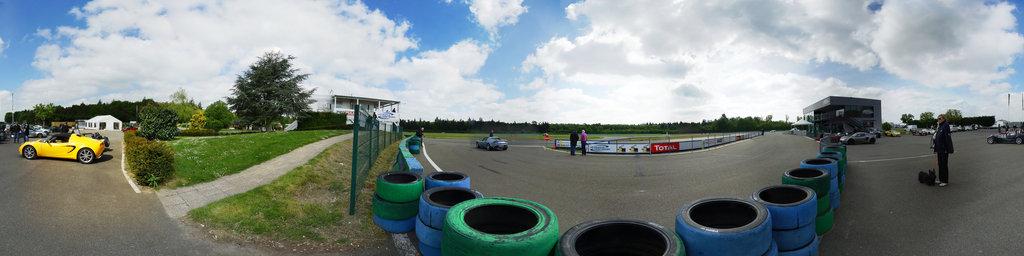 club Lotus: circuit de Dreux au depart