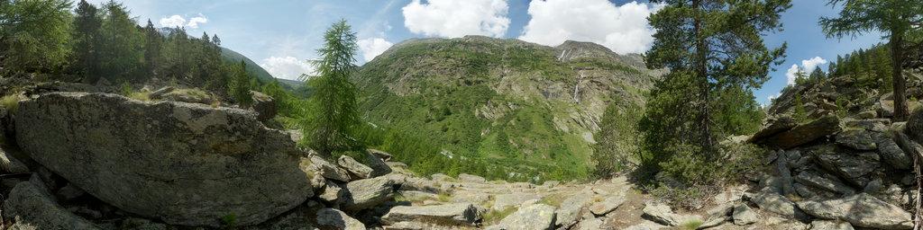 Hiking Trail Mattmark Dam down to Saas Almagell