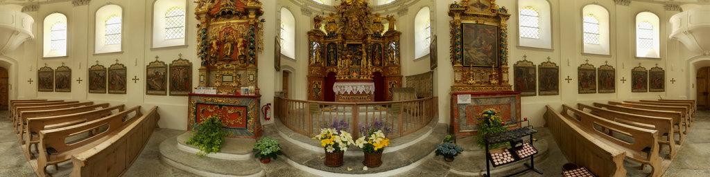 Baroque Round Church of Saas-Balen 3
