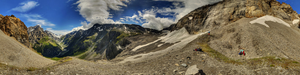 Loetschenpass in Switzerland 4