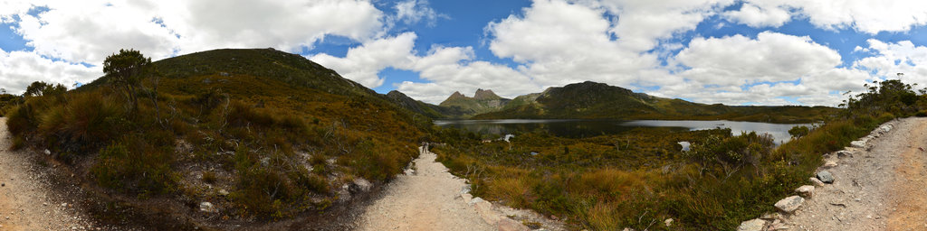 Dove Lake in the Cradle Mountain-Lake St Clair National Park