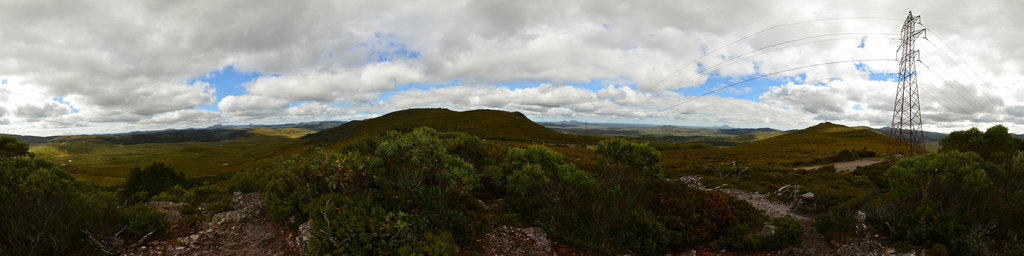 Cradle Mountains and Barn Bluff from Belvoir Lookout, Tasmania