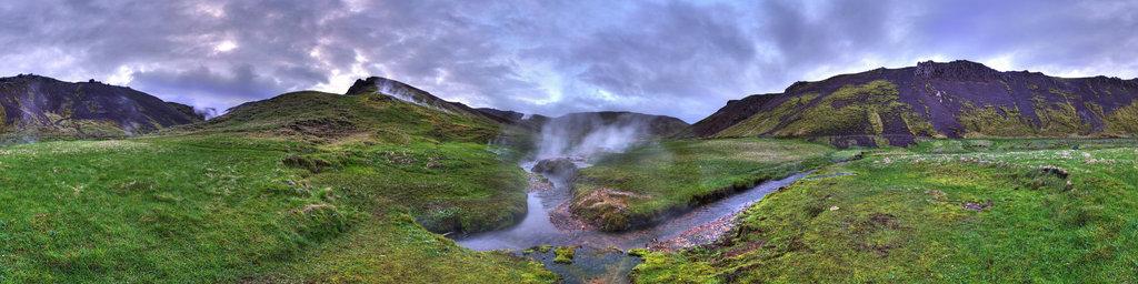 Reykjadalur - hot stream