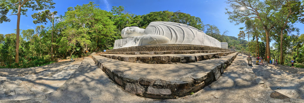 The largest statue of Buddha nirvana Vietnam (Thị trấn Thuận Nam)