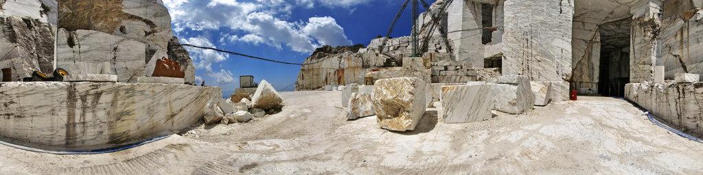 Marble Quarry Tavolini A, Mount Corchia