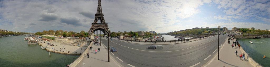 Eiffel Tower from pont D'lene
