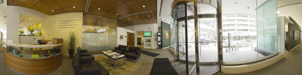 Calgary Centre, Lobby