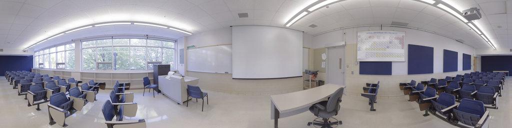Pavillon McMahon, Classroom